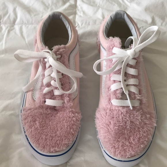 Vans Sz 5 Girls Pink Fuzzy Texture Nwot